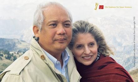 Master Choa Kok Sui Guruji e Charlotte Anderson