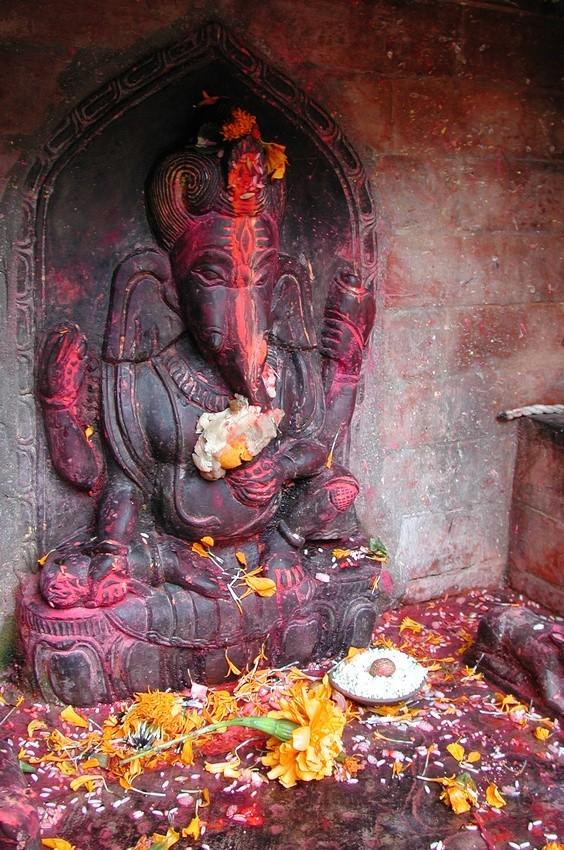 Mantra e tradizioni spirituali: dall'induismo alle religioni monoteiste